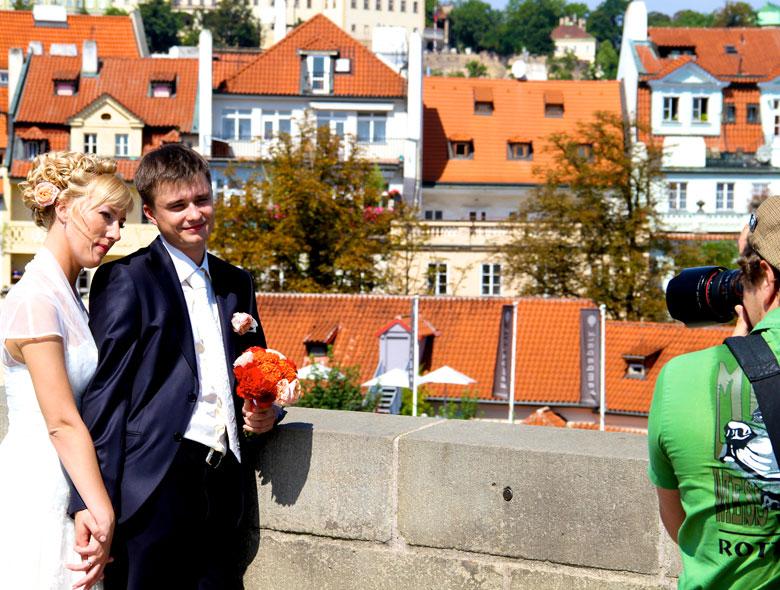 wedding charles bridge prague